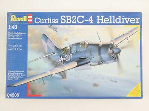 Revell 04506 Curtiss SB2C-4°C Helldiver US Navy Kit 1:48 Top! Ob 1611-13-71