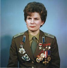 Valentina TERESHKOVA (1937) Original sign. USSR photo  20x20cm / autograph