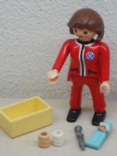 Sanitäterin mit Zubehör ++++++++ Krankenhaus ++++ Krankenwagen +++++++ Playmobil