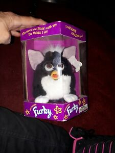 Furby vintage Model 70-800 TIGER new never been out of box