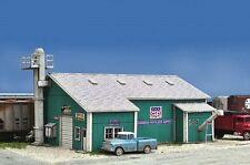 Blair Line # 2007 Farmer's Fertilizer Bulk Plant - Kit HO Scale MIB