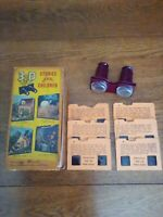 VINTAGE VIEWMASTER WITH 3D SLIDES, GOLDILOCKS AND THE THREE BEARS BOXED SET