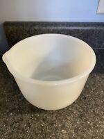 Vintage Glasbake Milk Glass Sunbeam White Mixer Mixing Bowl w/ pour spout 20CJ