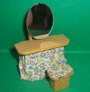 VINTAGE DOLLS HOUSE DOL TOI DRESSING TABLE & STOOL 16th LUNDBY SCALE