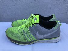 NIKE FLYKNIT TRAINER + GREEN GREY VOLT 532984-714 RUNNING 2012 US 15 Pre-Owned A