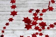 1,8m Girlande (0,83 €/m) Sterne Sternenkette rot Christbaumschmuck Lametta