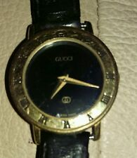Authentic Women's Gucci Wristwatch Leather Strap Not Running Light Wear