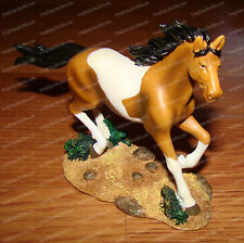 Trotting Desert Paint Horse (Wildlife Collection by Westland, 14821) 2007