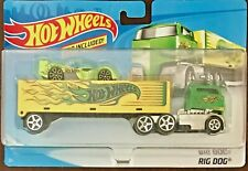 Hot Wheels 2019 Super Rigs Rig Dog w/vehicle included #BDW52 1:64 Scale