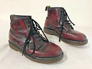 Dr. Martens 6-Eyelet Lace-Up Ankle Boot Marled Crimson Red & Black Womens Size 6