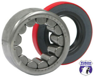 Yukon Gear & Axle yukAK 1563 Axle Bearing/Seal Kit