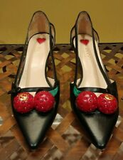 Gucci Black Leather Unia Cherry Bamboo Heel Pumps Size 37