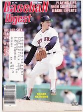 AUGUST 1986 BASEBALL DIGEST WITH BOSTON RED SOX STAR ROGER CLEMENS ON COVER