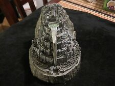 """Sideshow Weta Collectibles The Lord of the Rings """"Minas Tirith"""" Statue"""
