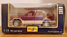 MAISTO 1:24 1992 Ford Explorer - Special Edition - Dark Green Metallic Tan