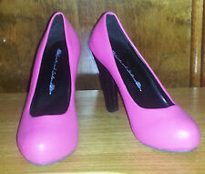 Cute Sexy Hot Topic Saints And Sailors Pink Punk Round Toe Heels Pumps Size 6