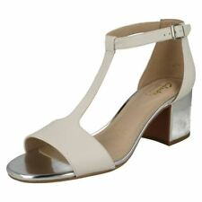 Clarks Synthetic Leather Block Women's Sandals & Beach Shoes