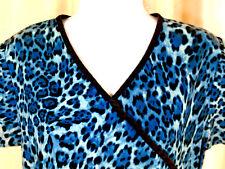 Scrub Works Medical Uniforms Top Size Xs Animal Print V Neck Short Sleeve Blue