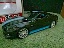 MAISTO.. 2015 Ford Mustang GT.....1:24 DieCast