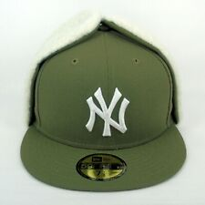 New Era Cap Men's MLB NY Yankees Team Dog Ear Olive 5950 Fitted Winter Hat - 1/2