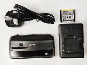 Excellent/Boxed Fujifilm FUJI REAL W3 3D Camera