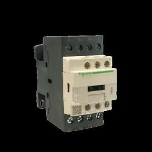 Schneider Electric Contactor LC1D18P7