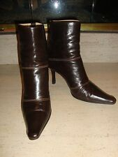 STYLISH JIMMY CHOO DARK BROWN LEATHER ANKLE BOOTS