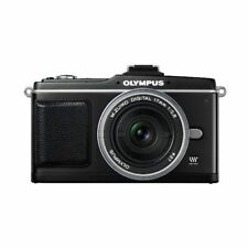 Near Mint! Olympus E-P2 12.3MP with 17mm f/2.8 Black - 1 year warranty