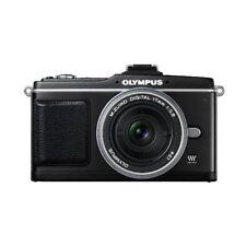 Near Mint! Olympus E-P2 12.3MP with 17mm f/2.8 Black - 1 year warranty