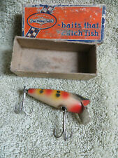 VINTAGE SHAKESPEARE FISHING LURE WITH BOX