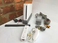 Nintendo Wii White Console / Fully Working / Free Uk Post / Inc 5 FREE GAMES !