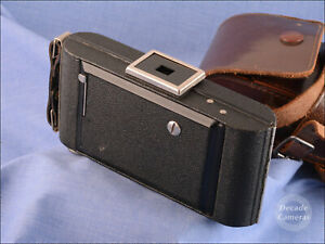 Kodak Brownie Six 20 Folding/Bellows Camera inc Brown Leather Case - Mint - 809