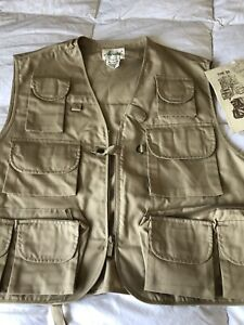 RARE! AUSABLE Fly Fishing Men's Large 100% Cotton Outdoor Vest NWT Spin/fly L