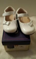 GIRLS  Dress Shoes NEW size 8 White from Cherokee