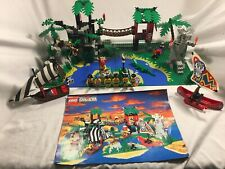 LEGO #6278 PIRATES/ISLANDERS - Enchanted Island      100% complete