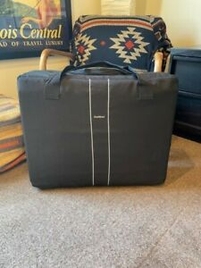 baby bjorn travel crib w/ carry bag - used but in great condition