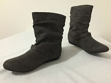 REPORT 'McKinley' Ankle Boots Booties Gray Faux Suede Fabric Size 8.5
