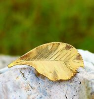 Realistic looking leaf great condition gold tone  BROOCH