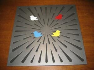 """Pre-Owned Umbra Metal Magnetic Birds And Push Pin Bulletin Board ~ 16"""" X 16"""""""