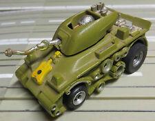 für Slotcar Racing Modellbahn --  Panzer mit AFX  MT Chassis, + 2 neue Schleifer