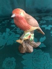Vintage Hand Painted ROBIN Figurine. Condition Very Good