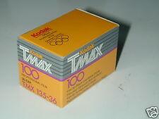KODAK TMAX 100 1 FILM PELLICULE 135/36  poses noir et blanc  périmé 1993