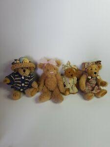 Lot Of 4 X Settler Bears. Small
