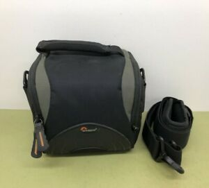 LOWEPRO APEX110 AW WEATHERPROOF CAMERA BAG WITH SHOULDER STRAP - EXCELLENT