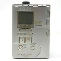 Sony TCD-D100 dat walkman digital recording audio tape recorder