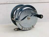 """OLYMPIC """"No.300"""" Vintage freshwater Casting fishing reel made in Japan"""