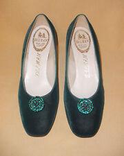 1960's Mint Never Worn Emerald Green Velvet Evening Shoe by Delman - Size 8 B