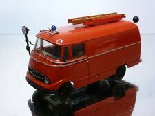 KIT built (?) MERCEDES BENZ L319 LADDER TRUCK FIRE ENGINE 1:43 - GOOD CONDITION