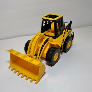 Vintage Toy State Caterpillar CAT Wheel Loader Tractor Lights Sounds Motion