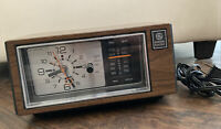 Vintage General Electric GE 7-4550C Walnut Grain Polystyrene Clock Radio Tested